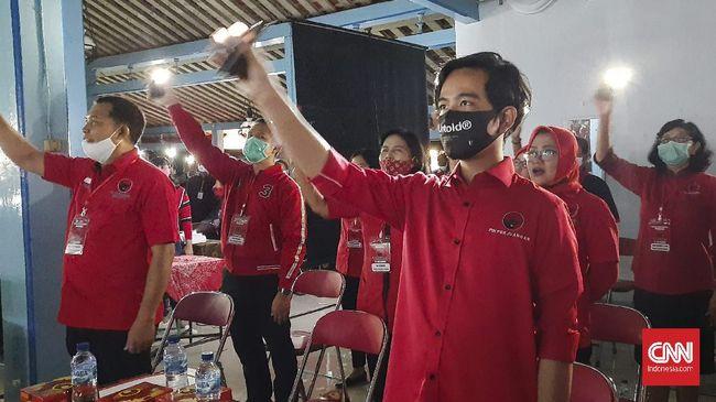 KPU resmi menetapkan Gibran Rakabuming Raka-Teguh Prakosa sebagai wali kota-wakil wali kota Solo terpilih di Pilkada Surakarta 2020.