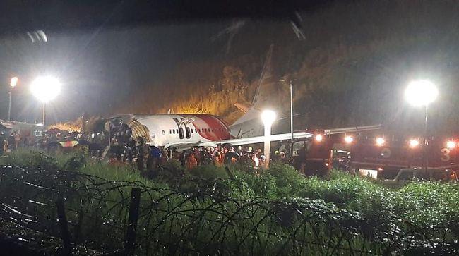 Jumlah korban tewas akibat pesawat maskapai Air India Express tergelincir di Bandara Calicut, Kerala, India, pada Jumat (7/8) terus bertambah.