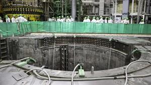 FOTO: Lithuania Protes Reaktor Nuklir Belarusia
