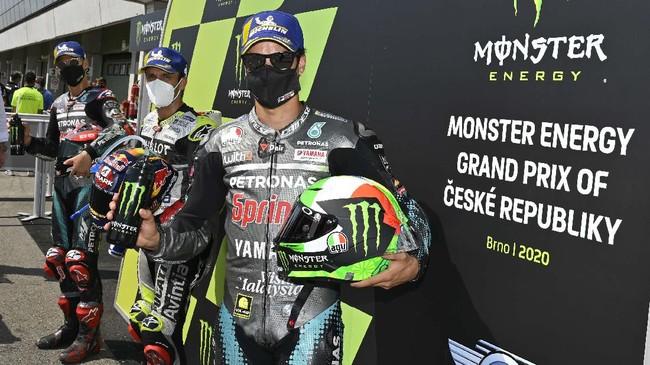 Kejutan terjadi pada babak kualifikasi MotoGP Ceko 2020 di Sirkuit Brno, Sabtu (8/8), setelah Johann Zarco merebut pole.