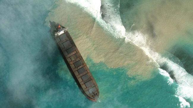 Perusahaan asal Jepang, Mitsui OSK Lines operator kapal kargo MV Wakashio bukan pertama kali menjadi pihak di balik tumpahan minyak selain di laut Mauritius.