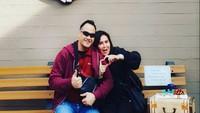 <p>Akhir tahun lalu, Ferry bersama Anggi menghabiskan waktu bersama di Amerika Serikat. (Foto: Instagram @ferryirawanofficial)</p>