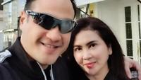<p>Sejak menikah, rumah tangga Ferry Irawan dan istrinya memang jarang terekspos publik. (Foto: Instagram @ferryirawanofficial)</p>