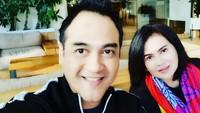 <p>Istri aktor Ferry Irawan, Anggi Novita kini tengah dirawat di rumah sakit karena mengalami serangan stroke. (Foto: Instagram @ferryirawanofficial)</p>