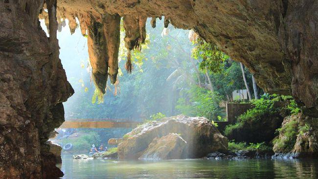 Objek Wisata Alam Gua Pindul Masih Ditutup