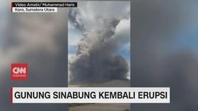 VIDEO: Gunung Sinabung Kembali Erupsi Muntahkan Hujan Debu