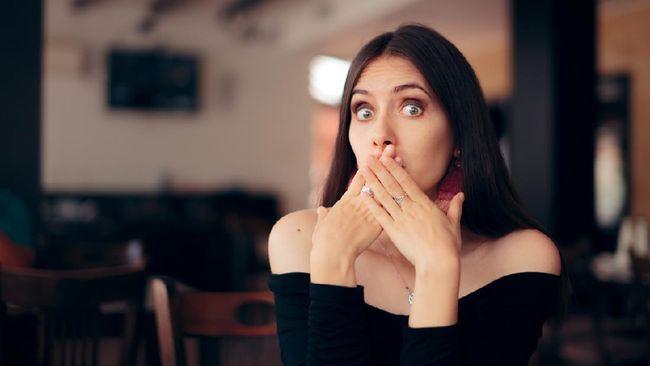 Cegukan sering kali terjadi secara tiba-tiba. Kenali beberapa cara menghilangkan cegukan dengan cepat.