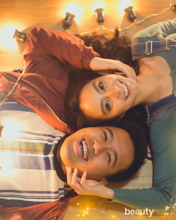 Hubungan Jojo dan Clay sebagai sepasang kekasih tentu merupakan kabar bahagia. Mengingat sebelumnya Jojo disebut gagal move on karena lama tak memiliki kekasih seusai putus dari Pamela Bowie. Sayangnya, ada saja netizen yang mengomentari hubungan keduanya dan menyebut Jojo tidak serasi dengan Clay. (Foto: https://www.instagram.com/clairineclay/)