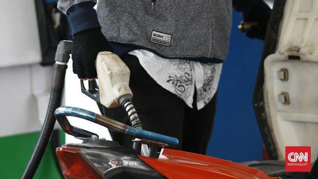 Harga bensin di Mamuju naik hingga Rp30 ribu dan indomie dijual hingga Rp10 ribu perbungkus pascagempa landa Sulbar.