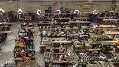 Waduh! Ekspansi Manufaktur RI Lebih Kencang dari VietnamThailand