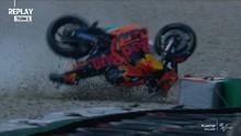 VIDEO: Insiden Senggolan Zarco dan Espargaro di MotoGP Ceko