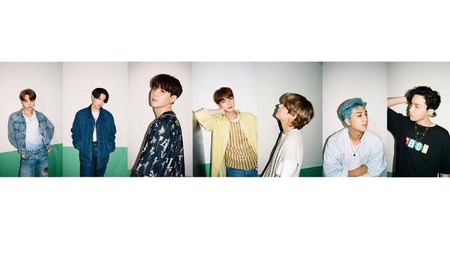 BTS tampil kasual dalam foto-foto teaser untuk single terbaru mereka, Dynamite, yang dirilis agensi Big Hit Entertainment pada Selasa (11/8).
