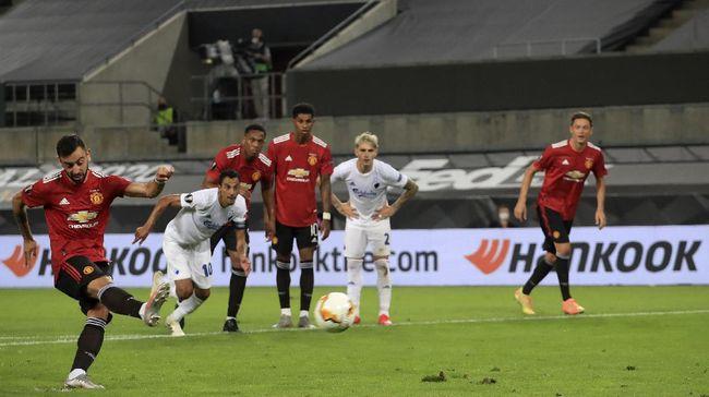 Manchester United melaju ke semifinal Liga Europa setelah susah payah mengalahkan Copenhagen 1-0 di Stadion Rhein Energie.