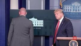 VIDEO: Detik-detik Trump Dievakuasi karena Insiden Penembakan