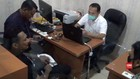 VIDEO: Polisi Tahan Musisi Jerinx Kasus Ujaran Kebencian