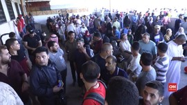 VIDEO: Perbatasan Dibuka, Ratusan Warga Gaza Pergi ke Mesir
