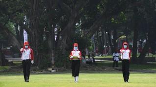 Jokowi Kukuhkan 8 Paskibraka Kemerdekaan RI di Istana