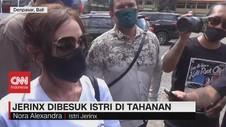 VIDEO: Dibawakan Makanan Sehat, Jerinx Dibesuk Istri
