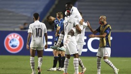 Momen Kocak Verratti Lupa Cedera Rayakan PSG Lolos
