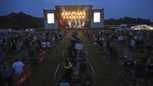 Inggris Sukses Buka Arena Konser Berkonsep Jaga Jarak Pertama