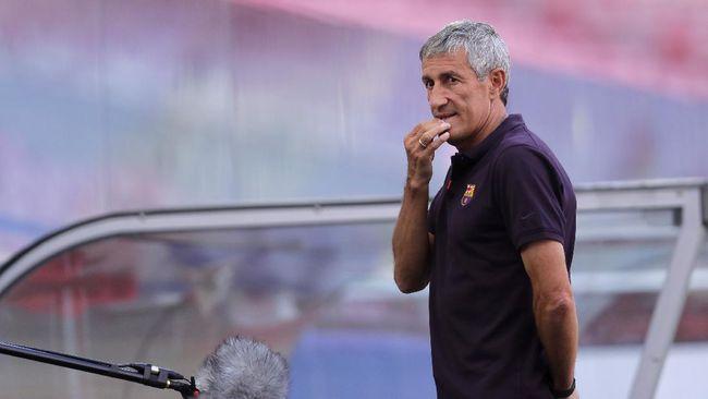 Eks pelatih Barcelona Quiqe Setien kembali mengungkit bahwa dia belum menerima sepeser pun duit pesangon dari eks klubnya tersebut.