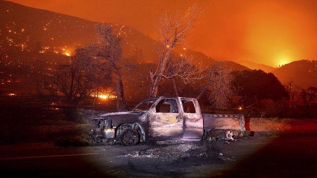 Kebakaran hutan di California telah menghanguskan lebih dari 3,2 juta hektare lahan, hampir seluas negara bagian Connecticut.