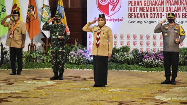 Gubernur Jatim Khofifah memimpin upacara virtual tingkat Kwarda dalam peringatan HUT Gerakan Pramuka ke-59 yang dikomando Jokowi secara nasional.