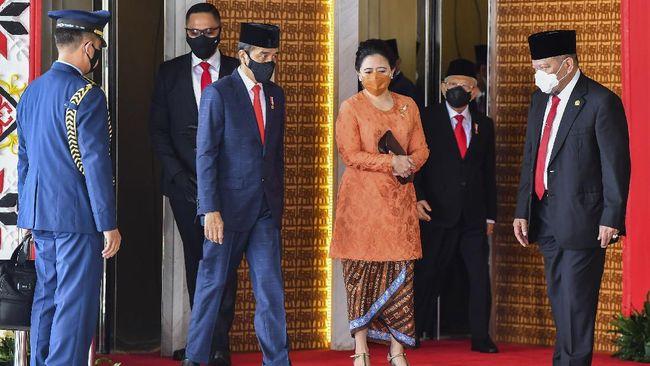 DPR menyatakan Ketua Dewas TVRI Arief Hidayat telah melanggar kesimpulan rapat Komisi I dengan memberhentikan 3 pejabat direktur TVRI.
