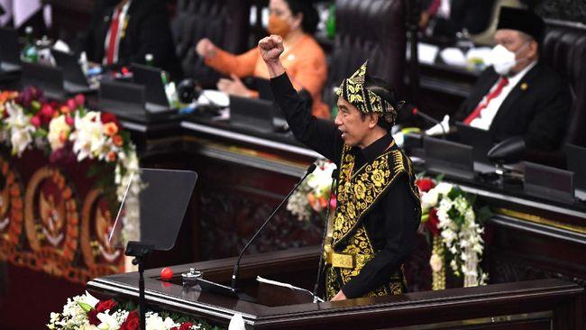 Dalam sidang tahunan MPR, Presiden Jokowi kembali menyinggung soal regulasi yang tumpang tindih yang membuat sulit pengambilan kebijakan.