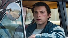 Tom Holland Hanyut dalam Kegelapan di The Devil All The Time