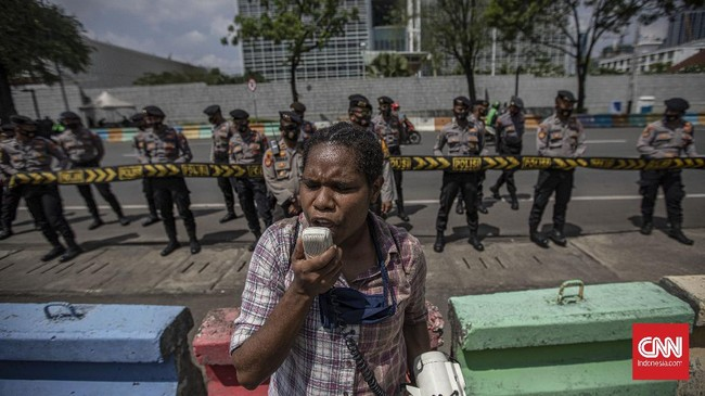 Sejumlah aktivis Papua kembali berdemonstrasi di Kedubes Amerika Serikat untuk memperingati Perjanjian New York 1962.