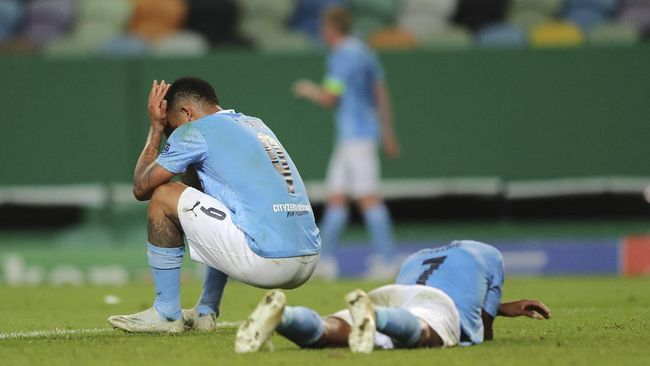 Berikut meme lucu yang beredar usai kegagalan Raheem Sterling yang turut membuat Manchester City tersingkir di Liga Champions.