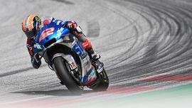 Motor Alex Rins Mogok Usai Menang MotoGP Aragon