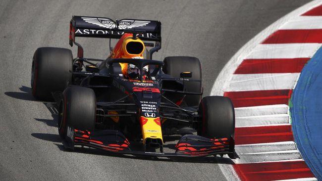 Pembalap Red Bull, Max Verstappen keluar sebagai juara di Formula 1 (F1) GP Abu Dhabi di Sirkuit Yas Marina, Minggu (13/12) malam WIB.