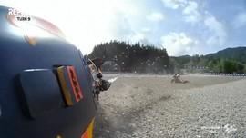VIDEO: Momen Kandidat Juara Jatuh di Kualifikasi Moto2