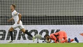 FOTO: Sevilla Kubur Mimpi MU di Liga Europa