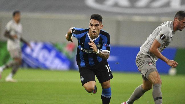 Barcelona memaksa Luis Suarez dan Arturo Vidal hengkang dari Camp Nou demi mendaratkan striker Inter Milan, Lautaro Martinez.