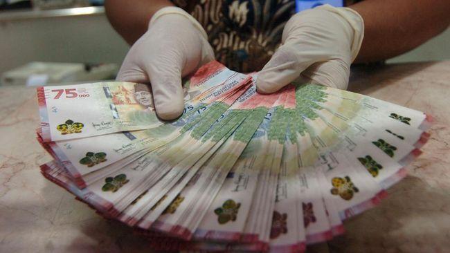 Masyarakat berbondong-bondong memesan penukaran uang baru Rp75 ribu. Salah satu warga DKI, bahkan menukar uang hingga ke Pangkalpinang.