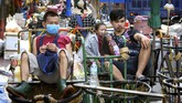 Thailand terjerumus ke jurang resesi setelah laju ekonominya minus 12,2 persen pada kuartal II 2020 karena pandemi virus corona.