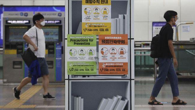 Korsel mulai melonggarkan serangkaian pembatasan di Seoul setelah mencatat penurunan harian kasus infeksi virus corona.
