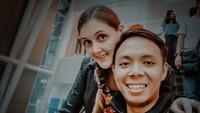 <p>Kisah cinta bule Belgia dan supir angkot asal Bandung sempat viral di tahun lalu. Mereka adalah Liz dan El. (Foto: instagram @liz.belgia)</p>
