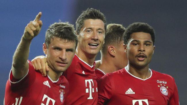 Bayern Munchen mengawali Bundesliga musim ini dengan kemenangan telak 8-0 atas Schalke.