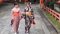 <p>Mereka juga kerap bepergian bersama, termasuk traveling ke Jepang. (Foto: Instagram @mrssaladin)</p>