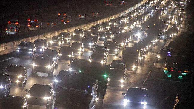 Hutama Karya mencatat lebih dari 1 juta mobil melintas di Jalan Tol Trans Sumatera sejak 24 Desember 2020 hingga 3 Januari 2021.