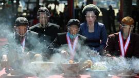 FOTO: Tradisi Sambut Bulan Suro di Tengah Pandemi
