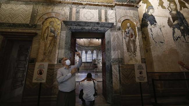 Presiden Turki Recep Tayyip Erdogan memutuskan untuk mengubah fungsi Museum Kariye di Kota Istanbul menjadi masjid seperti Hagia Sophia.
