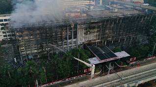 Kebakaran Kejagung, Netizen Sindir Rokok Bisa Bakar Gedung