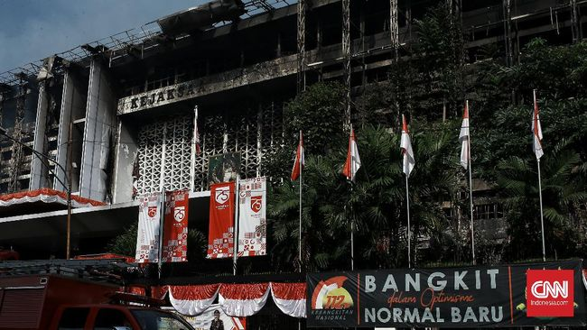 Kejagung menyatakan bangunan yang terbakar merupakan cagar budaya, sebab Kejagung pernah ditegur Pemprov DKI saat hendak merenovasi gedung.