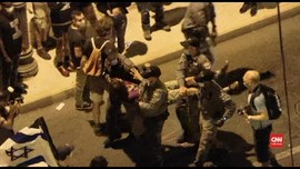 VIDEO: Polisi Israel Pindah Paksa Massa Aksi Anti-Netanyahu