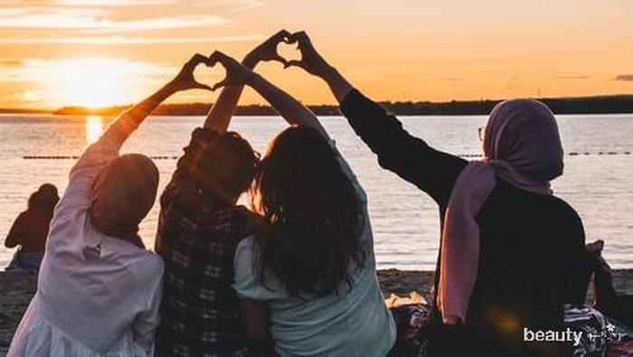 4 Tipe Persahabatan yang Bisa Membuat Hubunganmu Awet Hingga Tua